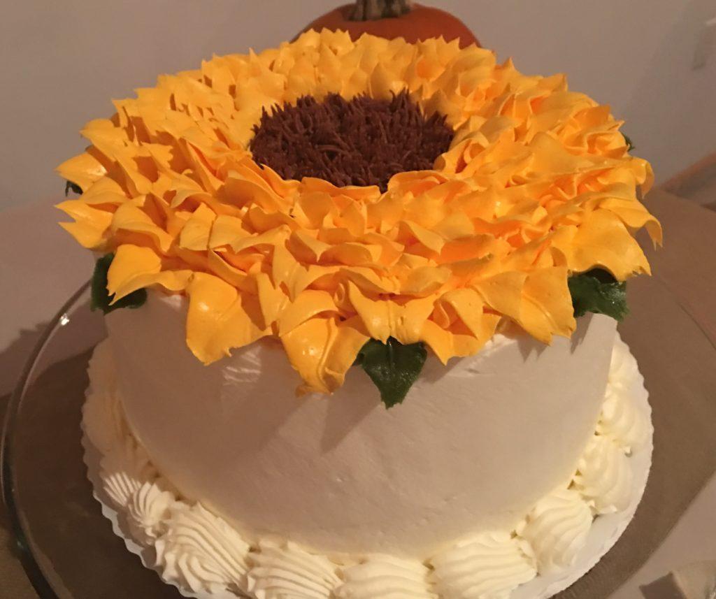 wedding cake with sunflowe